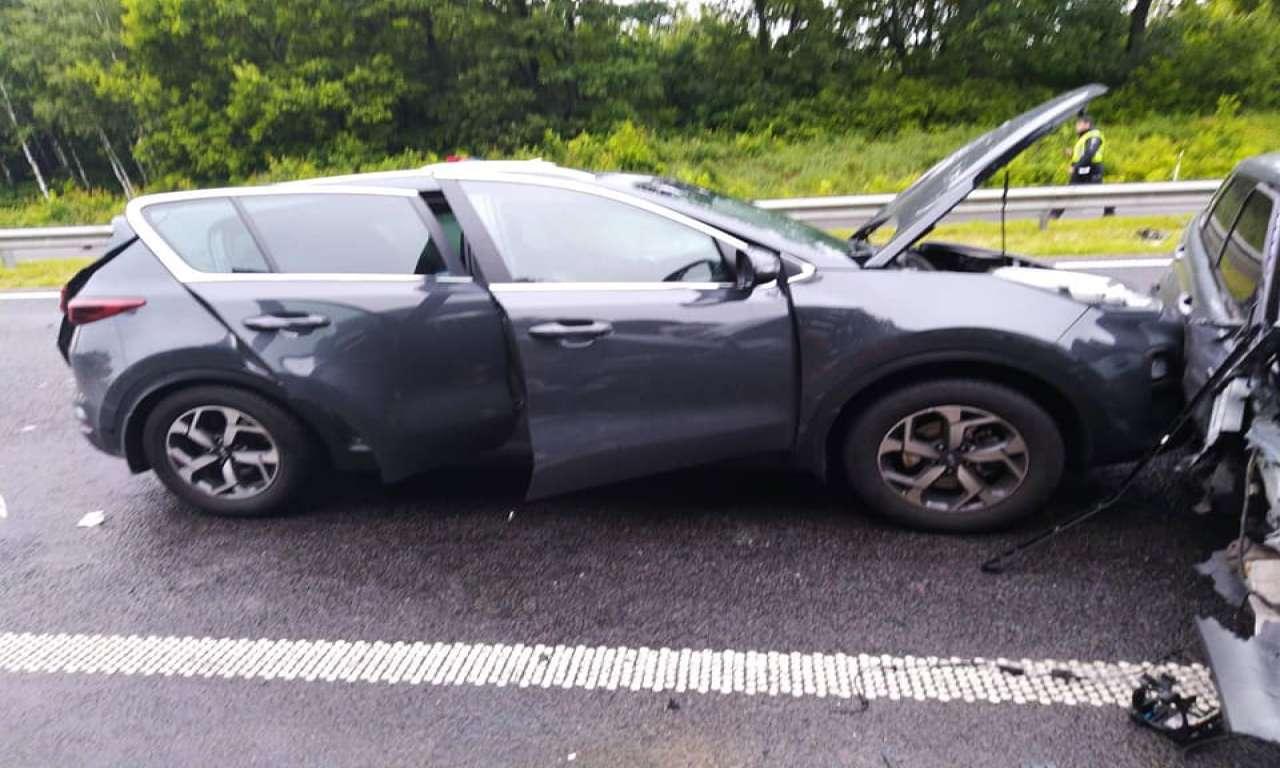 Аварія на трасі Київ-Одеса: зіштовхнулися три автівки (ФОТО)-613
