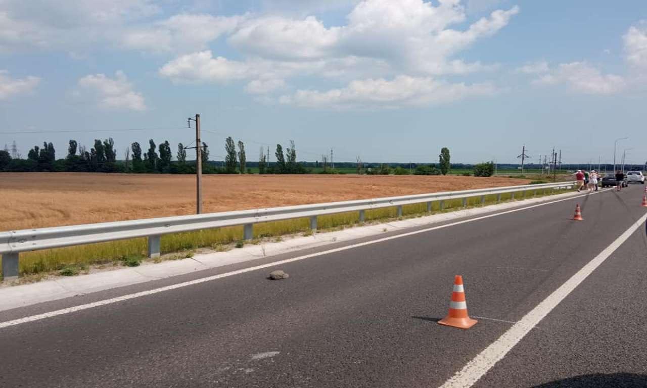 На трасі поблизу Золотоноші насмерть збили велосипедиста (ФОТО)-666