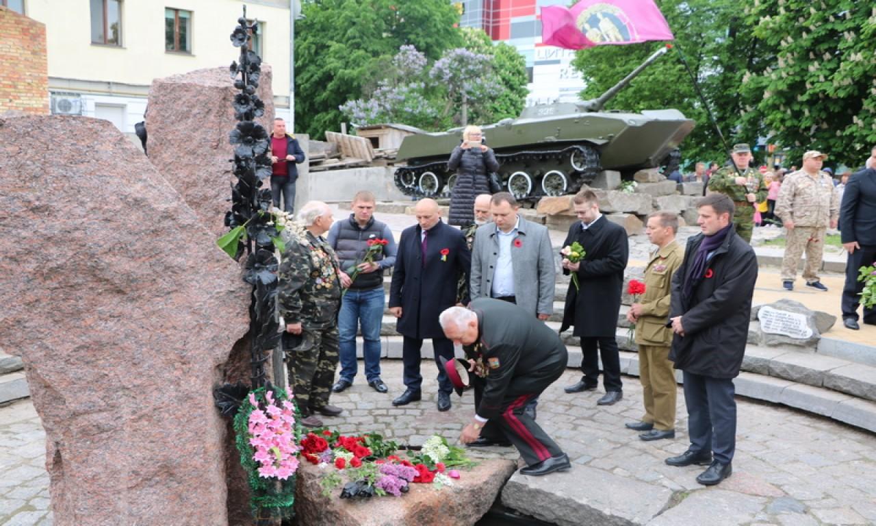 Черкаси відзначили День Перемоги (ФОТО)-337
