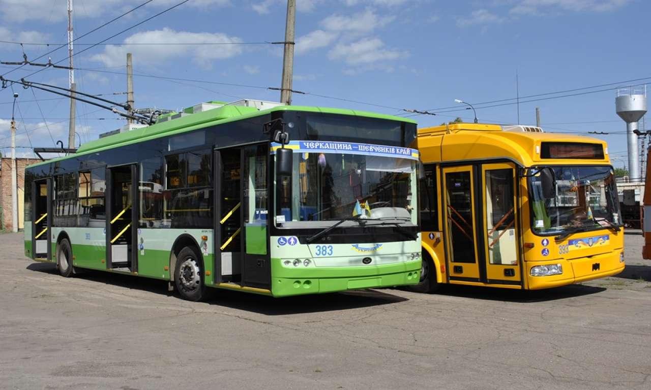 Рух тролейбусів у понеділок буде за режимом вихідного дня