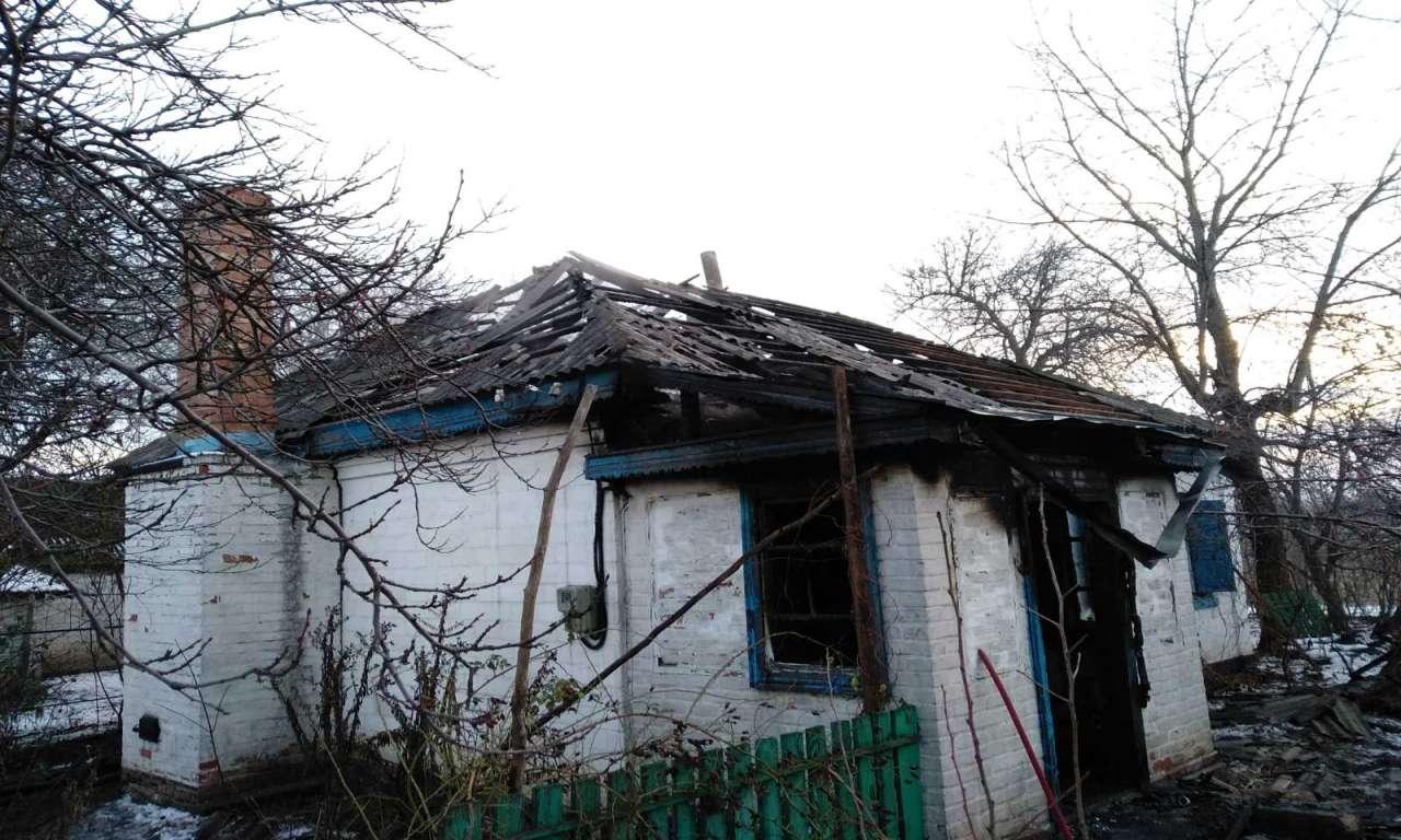 У Руській Поляні виявили труп чоловіка під час ліквідації пожежі. Можливо, кримінальний