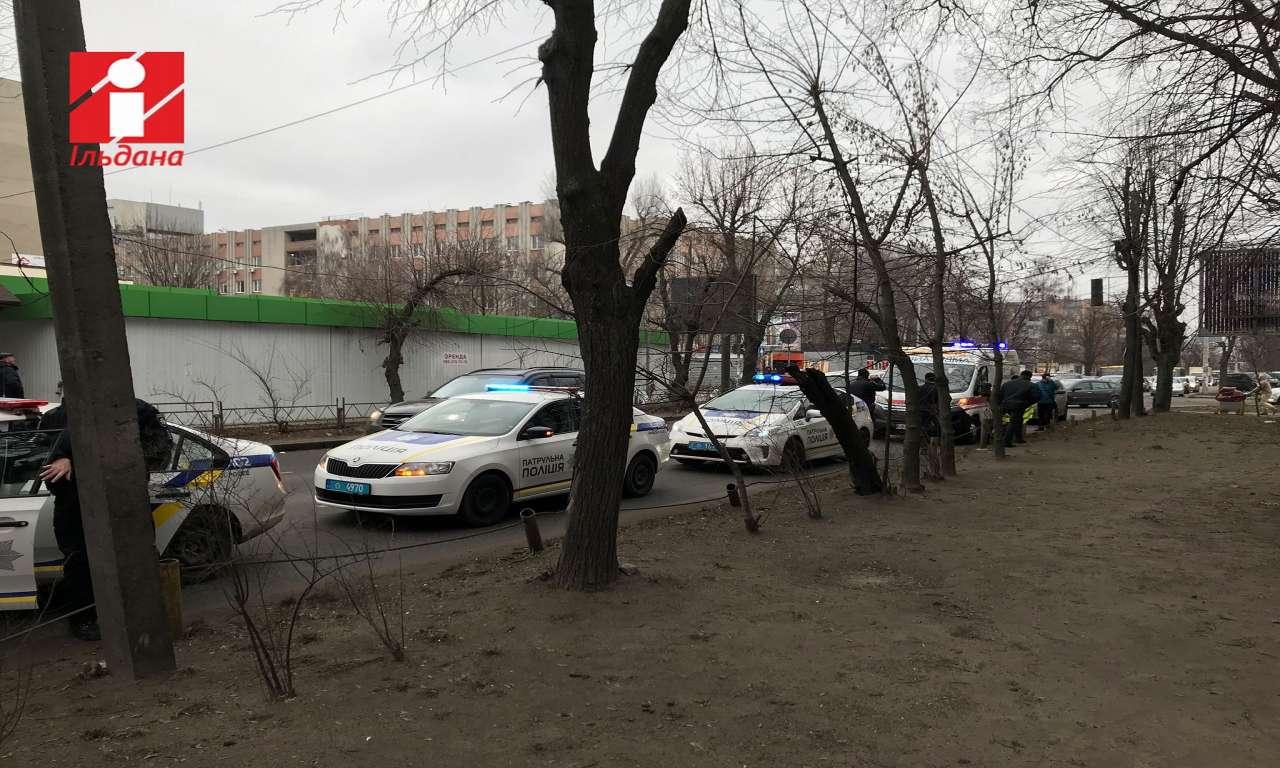 Поблизу Центрального ринку в Черкасах збили літню жінку (ФОТО)