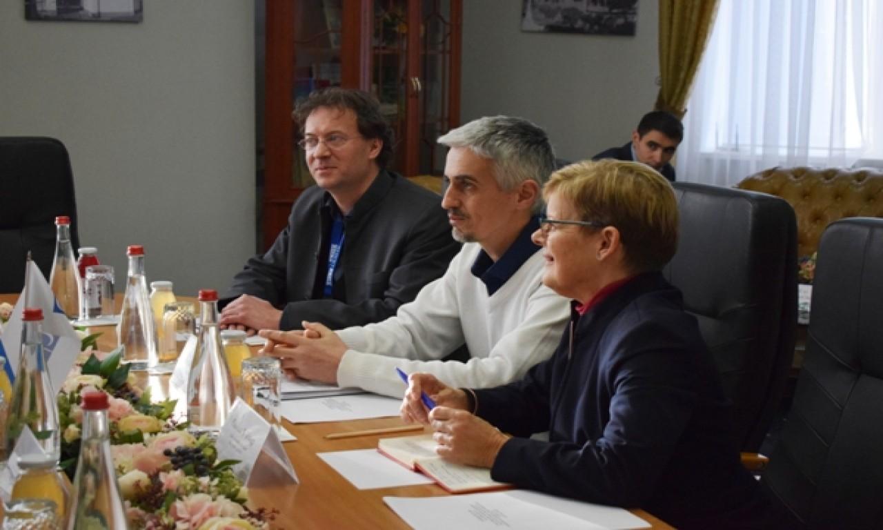 Спостерігачі ОБСЄ прибули на Черкащину для спостереження за виборами