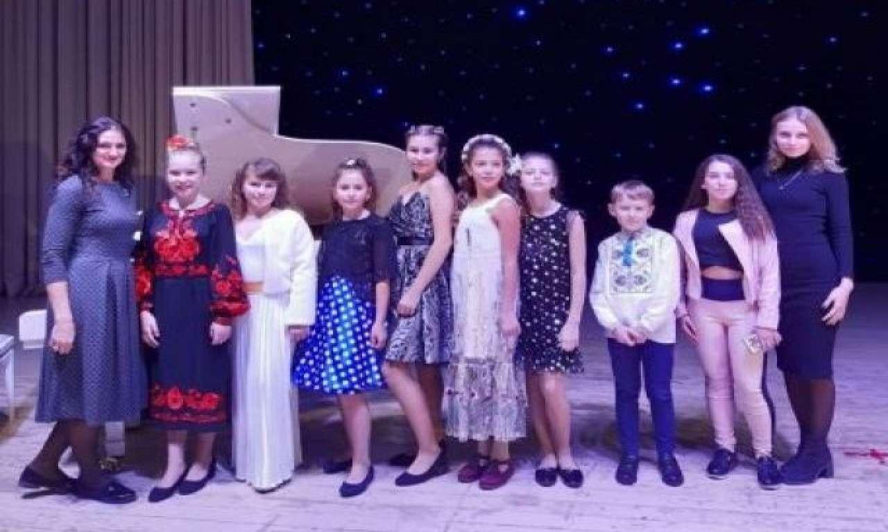 Юні черкащани посіли призові місця у Всеукраїнському конкурсі «VOCAL SEASONS»
