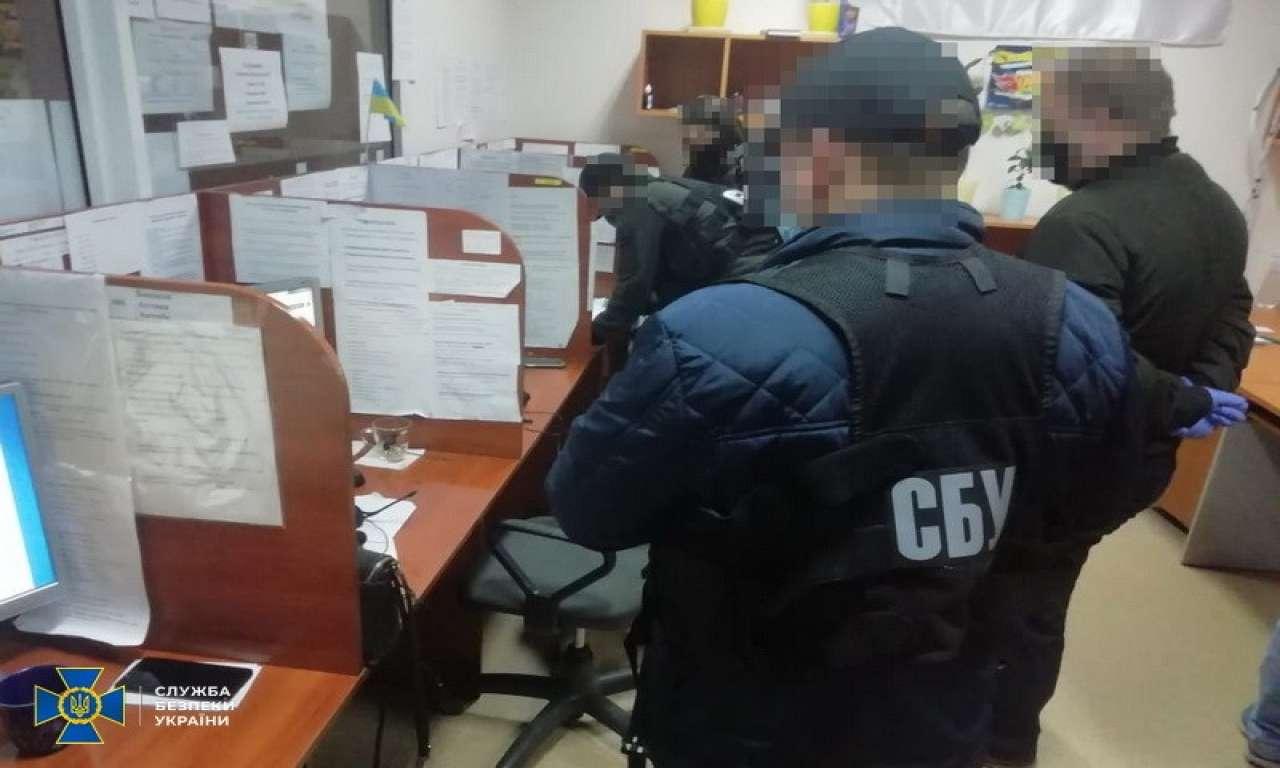Припинено діяльність не законного CALL-центру у Смілі